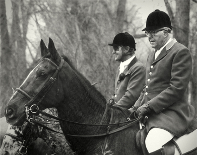 Mr. Mactier founded  the North Hills  Hunt in Omaha in 1965. Picture here with Huntsman Darrel Hammer  in Tekamah country.